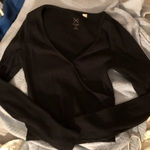 Black long sleeve basic